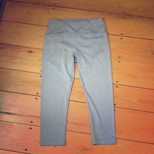 Gray crop leggings